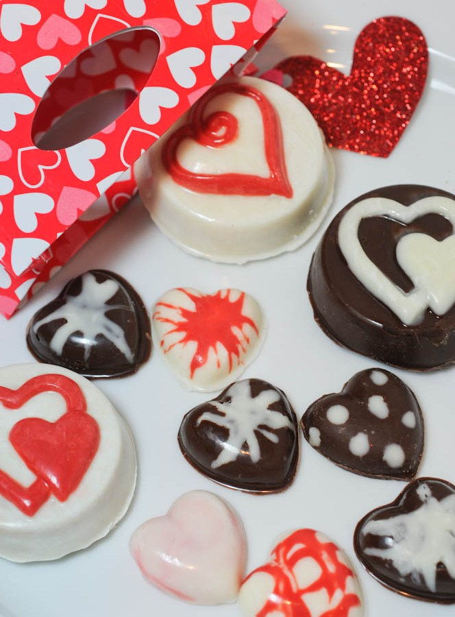 Chocolate Covered Oreos and Chocolate Hearts-Just In Time For Valentine's Day!