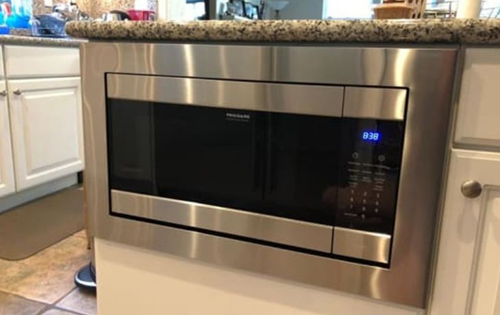 frigidaire fpmo227nuf 2 2 cu ft built in microwave oven