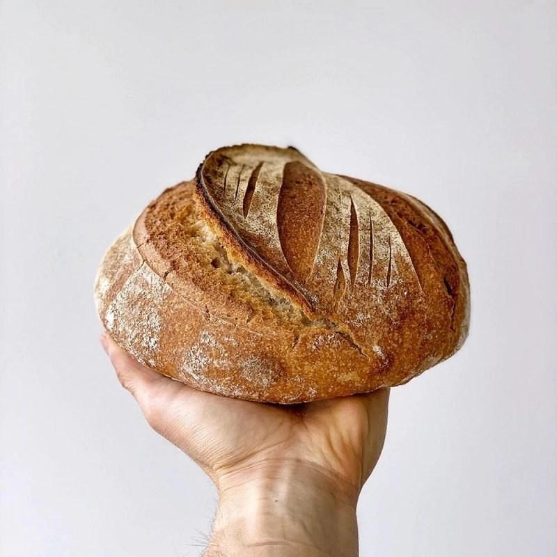 Kitchen Dates – pão de trigo barbela