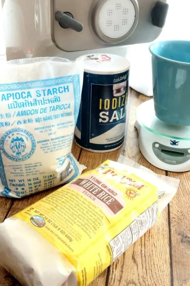 a photo showing the ingredients for the Asian rice noodles.