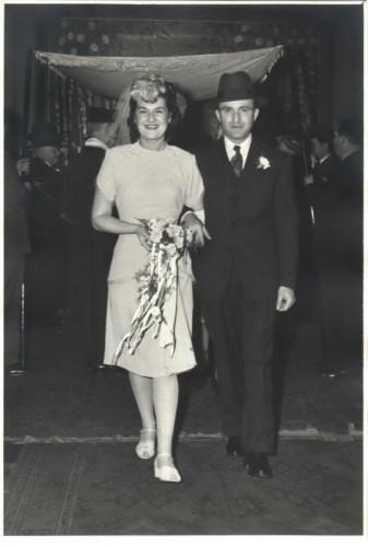 Kitchener camp 1939, Leo Smolianski, Leo and Mary, Wedding day 5 November 1944