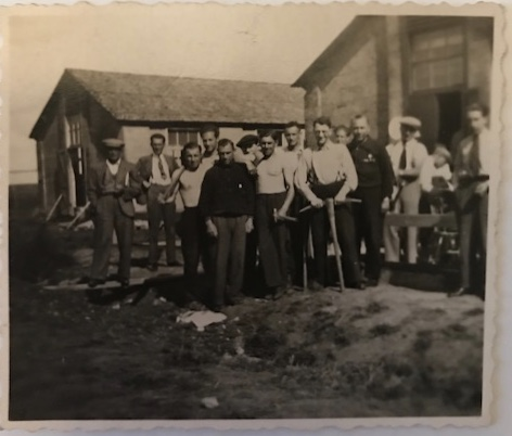 Richborough refugee camp, Martin Gellert, third from left bare chested with an axe, 1 July 1939