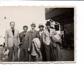 Kitchener camp, Otto Neufeld, Centre, Ramsgate 1940