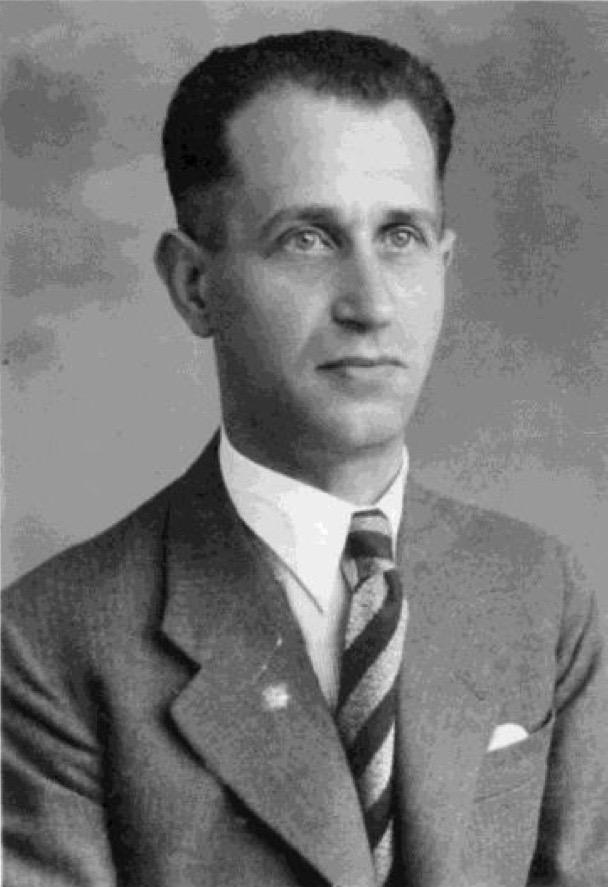 Kitchener camp, Max Sieger