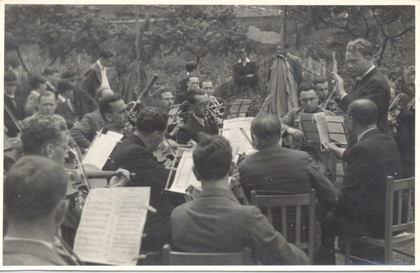 Kitchener camp, Richborough, Franz Schanzer, Orchestra