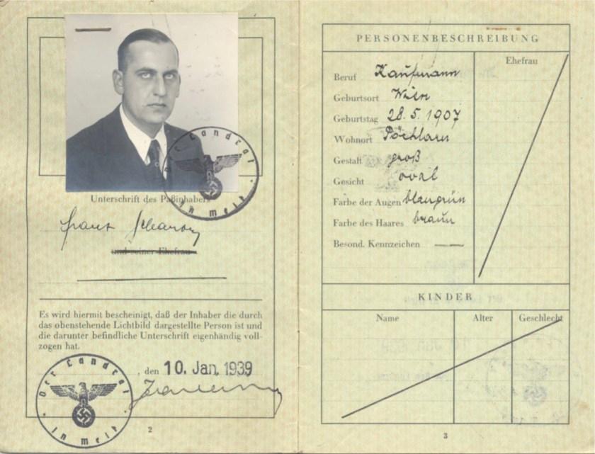 Kitchener camp, Frank Schanzer, German passport, photo, Stamped 10 January 1939