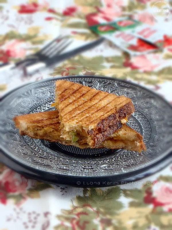 Grilled Chicken-Mayo Sandwiches