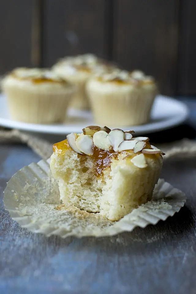 Vegan Almond and Apricot Cupcakes