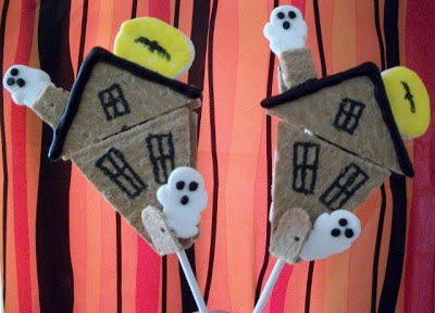 Haunted House S'more Pops