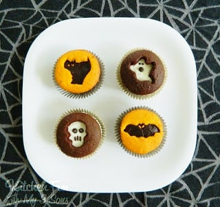 Halloween Cookie Cutter Cupcakes