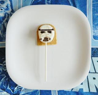Storm Trooper S'mores Pop