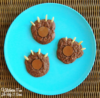 Brownie Bear Claw Camping Cookies