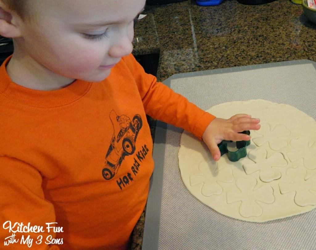 Make Shamrock Shapes on the Pie Crust