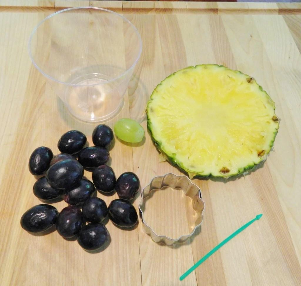 Easy Fruit Sun Flower Snack