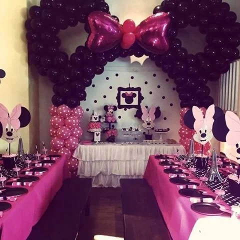 Minnie Mouse Balloon Party...these are the BEST Mickey Mouse Ideas!