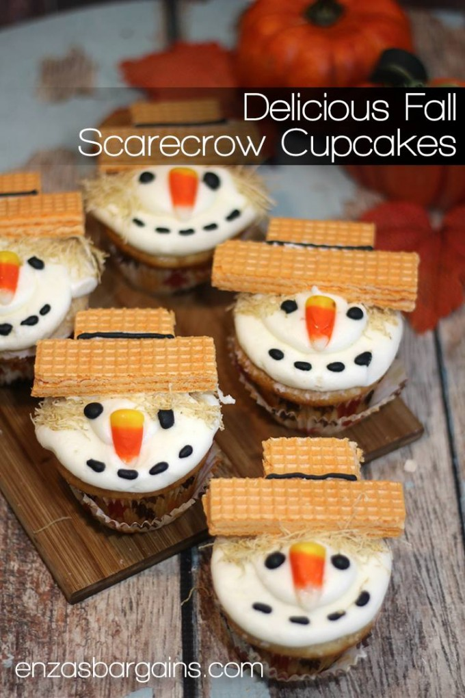 Easy Scarecrow Cupcakes...these are the BEST Cupcake Ideas!