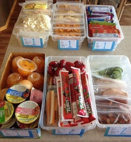Use Plastic Bins to make it easy for Kids to make their own Lunch...these are the BEST Back to School Lunch Ideas!