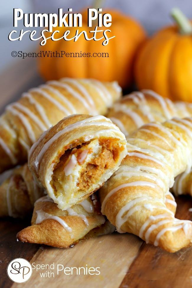 Pumpkin Pie Crescents...these are the BEST Fall Dessert Recipes!
