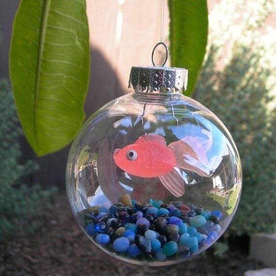 Fishbowl Ornament...these are the BEST Homemade Christmas Ornaments!