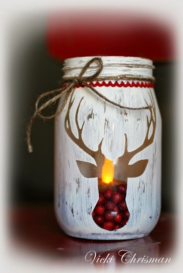 Holiday Stenciled Deer Jar....these are the BEST Christmas Mason Jar Ideas!