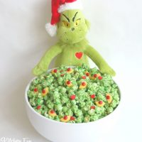 Grinch Popcorn - Easy Christmas Treat