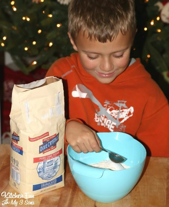 Santa Pancakes...a fun and easy Christmas breakfast for the Kids!