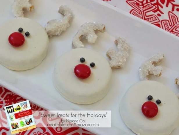 Reindeer Oreo Cookies...these are the BEST Christmas Cookie Recipes!