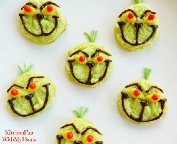 Easy Grinch Cookies...these are the BEST Christmas Cookie Recipes!