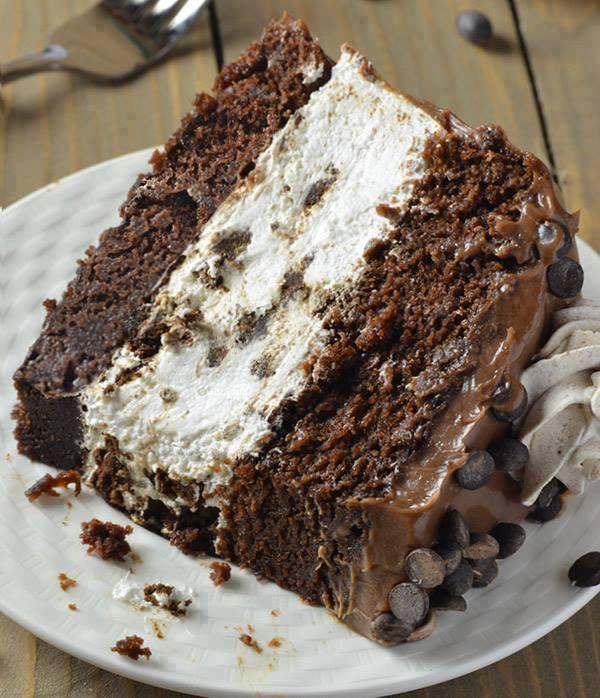 Oreo Chocolate Cheesecake Cake
