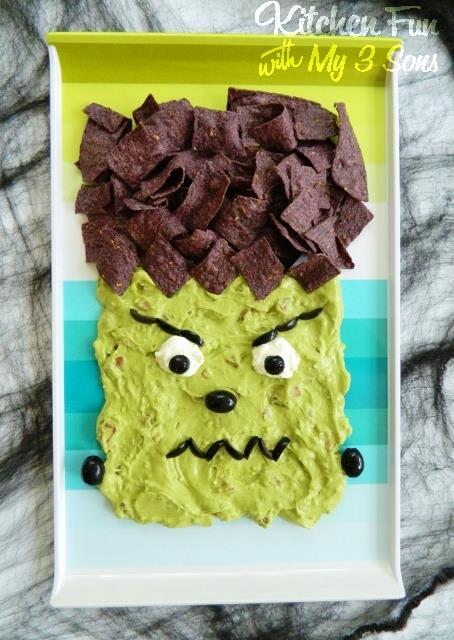 Frankenstein Guacamole...such a fun Halloween party idea!
