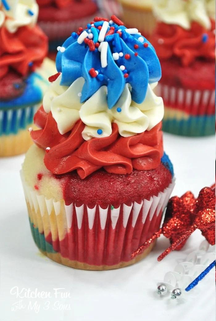 Fireworks BOMB POP Cupcakes