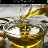 15 Alternative uses for Olive Oil that are Helpful