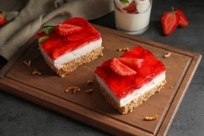 Overview of Strawberry Pretzel Salad