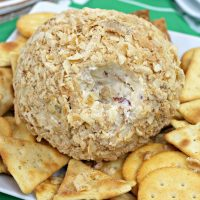 The Best Cheese Ball Recipe With French Onion Soup Mix