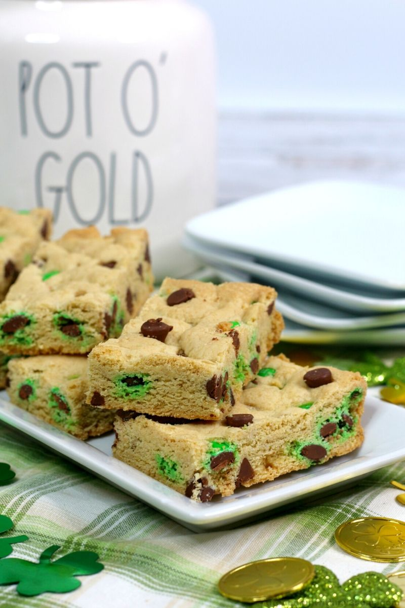 St. Patrick's Day Cookie Bars