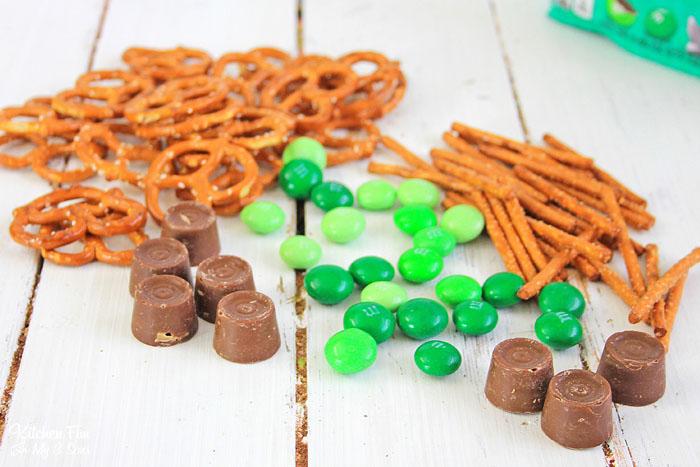 St. Patrick's Day Pretzel Ingredients