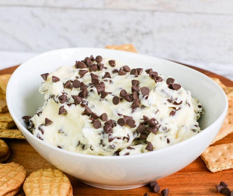 Edible Chocolate Chip Cookie Dough Dip