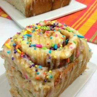 Funfetti Cinnamon Rolls Recipe
