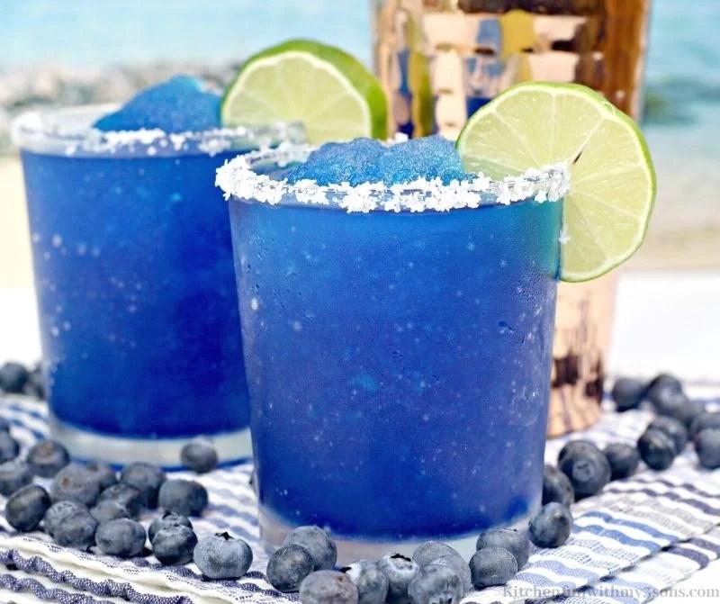 2 blue drinks