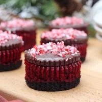 Candy Cane Mini Red Velvet Cheesecake