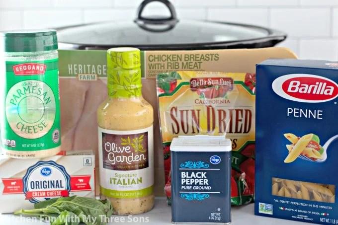 ingredients to make Slow Cooker Olive Garden Chicken Pasta