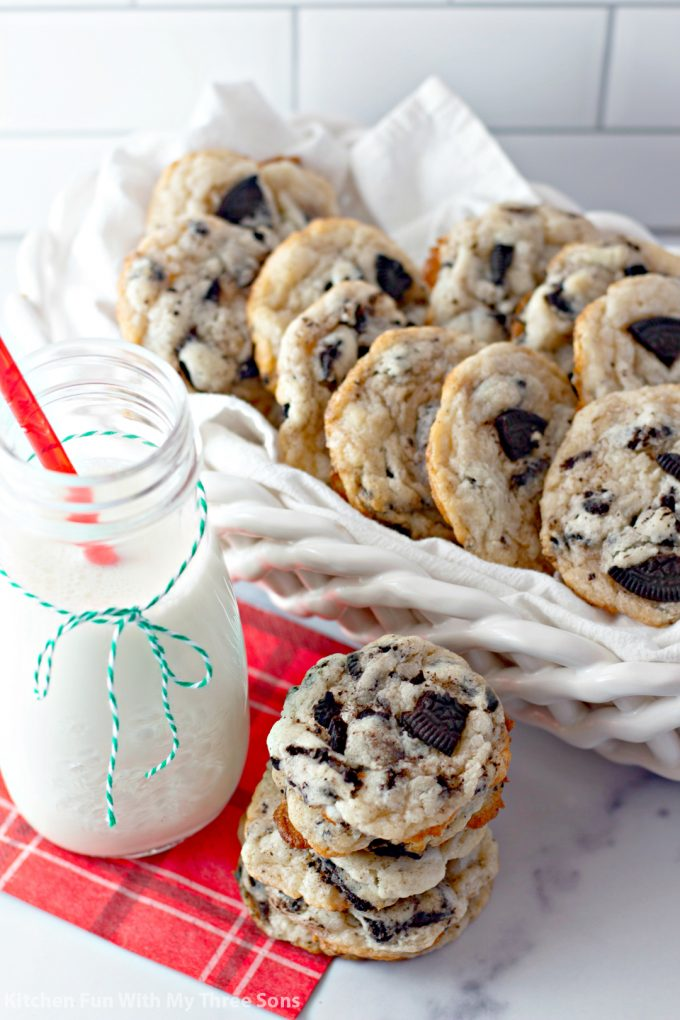 Oreo Cheesecake Cookies in a white basket