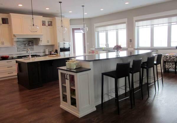 Custom Cabinets - Kitchen