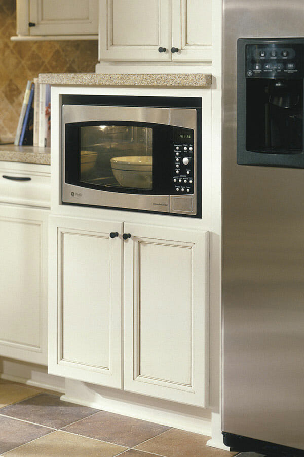 can you put a countertop microwave in a