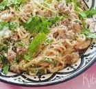 Spaghetti met kastanjechampignons en rucola