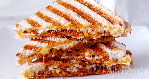 Vlamtosti's – totsti's met pittig gehakt en kaas