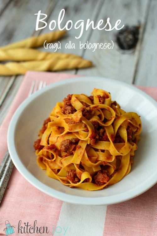 Bolognese (Ragù alla Bolognese) - Kitchen Joy