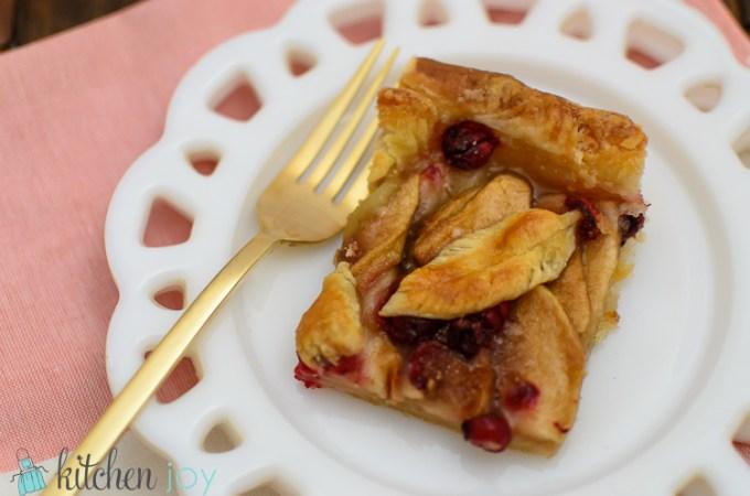 Cranberry Apple Slab Pie - Kitchen Joy