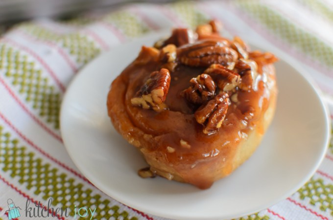 Pecan Sticky Buns - Kitchen Joy