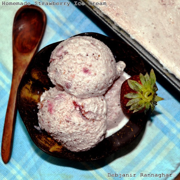 Homemade Strawberry Ice Cream | Eggless Strawberry Ice Cream
